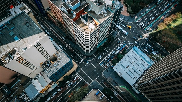人通りの多い街